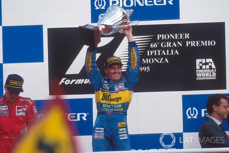 No mesmo ano, Herbert venceu o GP da Italia, corrida com acidente múltiplo, relargada, novo acidente de Schumacher e Hill
