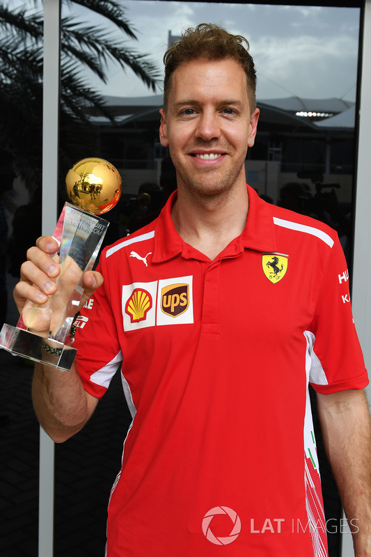 Sebastian Vettel, Ferrari voted Motorsport-Total.com driver of the year 2017 by the readers and presented with the trophy