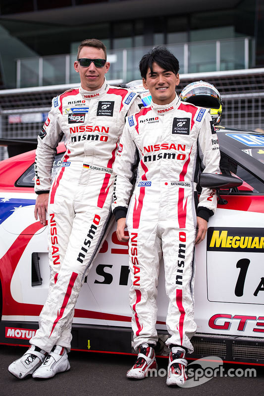 #1 Nissan Motorsports Nissan GT-R Nismo GT3: Katsumasa Chiyo, Florian Strauss