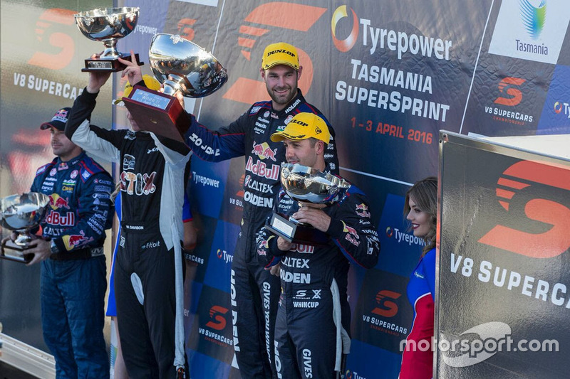 Podium: 1. Shane van Gisbergen, Triple Eight Race Engineering, Holden; 2. Jamie Whincup, Triple Eight Race Engineering, Holden; 3. Will Davison, Tekno Autosports, Holden