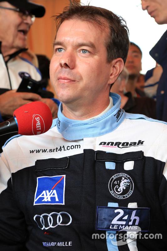 #84 SRT41 by Oak Racing Morgan - Nissan: Фредерік Соссе спілкується зі ЗМІ