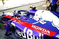 Brendon Hartley, Toro Rosso STR13 Honda, quitte le garage