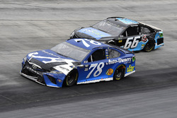 Martin Truex Jr., Furniture Row Racing, Toyota Camry Auto-Owners Insurance and Chad Finchum, Motorsports Business Management, Toyota Camry, Concrete North / Smithbuilt Homes