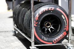 Neumáticos Pirelli rojos superblandos