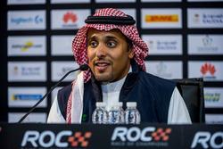 Le Prince Khaled Al Faisal, président de l'association automobile de l'Arabie Saoudite, lors de la conférence de presse