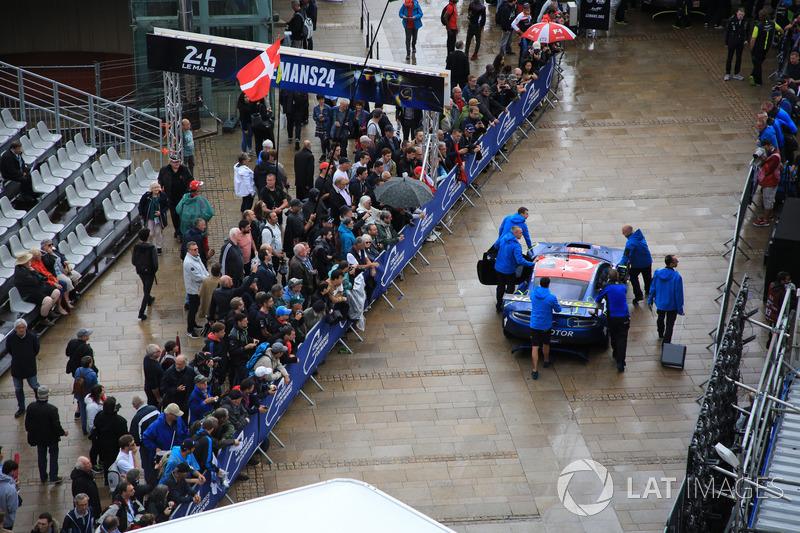 #90 TF Sport Aston Martin Vantage