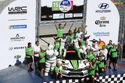Winner WRC2 Pontus Tidemand, Jonas Andersson, Škoda Motorsport Škoda Fabia R5 with the team