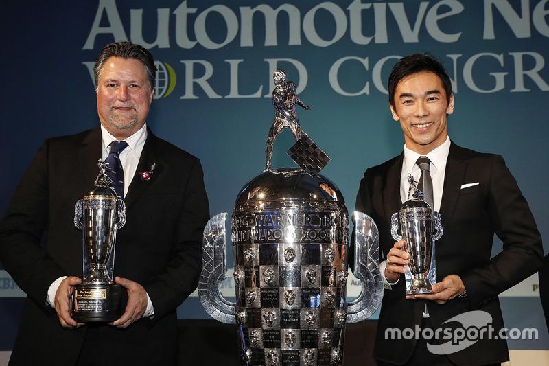 Michael Andretti y  el ganador de las Indy 500 2017 Takuma Sato