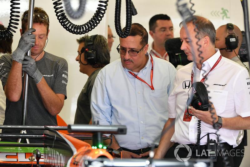 Scheich Mohammed bin Essa Al Khalifa, Jonathan Neale, McLaren-Geschäftsführer