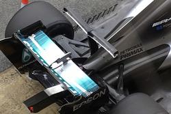 Mercedes AMG F1 W08 detail van de T-vleugel