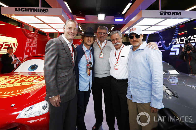 Sean Bratches, Managing Director Comercial Formula One Group, Actor Owen Wilson, Ross Brawn, directo