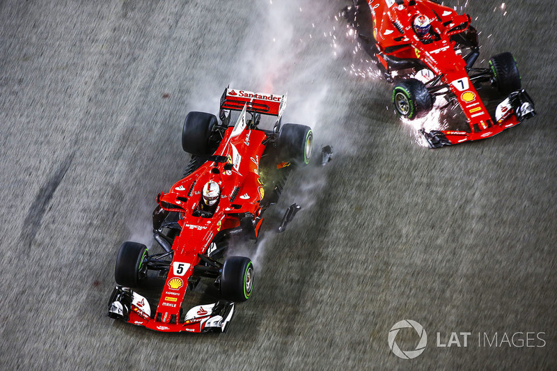 Sebastian Vettel, Ferrari SF70H, Kimi Raikkonen, Ferrari SF70H, crash out at the start