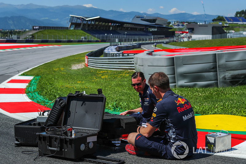 Інженери Red Bull Racing