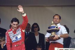 Ayrton Senna, McLaren Honda, 1st position with team boss Ron Dennis, podium