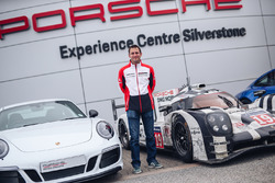 Nick Tandy, Porsche 911 Carrera GTS 4 British Legends Edition