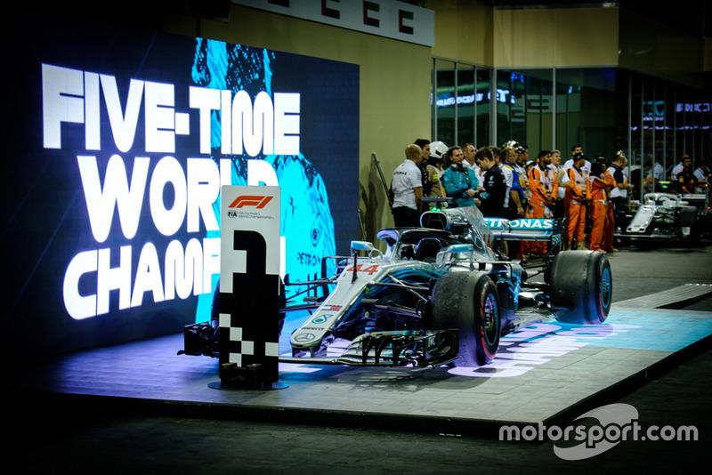 Mercedes AMG F1 W09, Льюіс Хемілтон