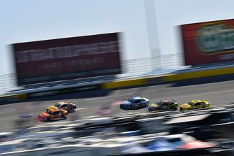Brad Keselowski, Team Penske, Ford Fusion Autotrader and Ryan Blaney, Team Penske, Ford Fusion PPG