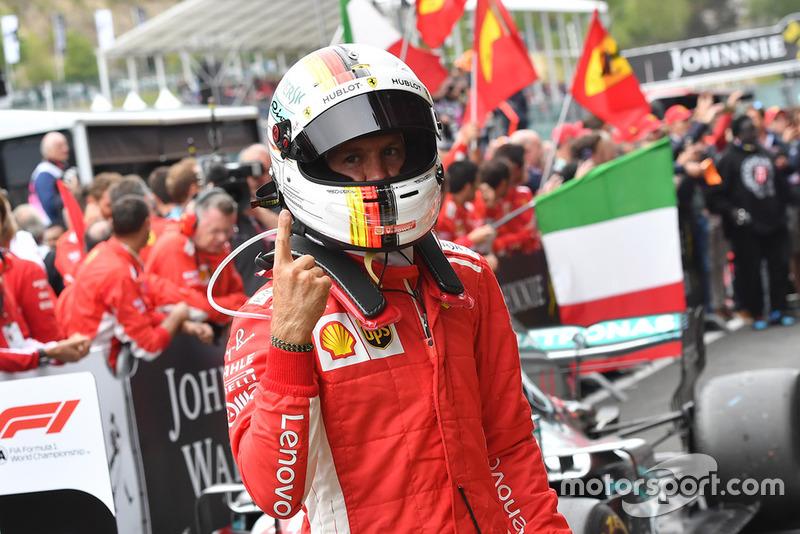 Il vincitore della gara Sebastian Vettel, Ferrari
