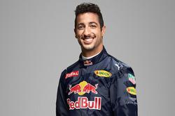 Daniel Ricciardo, Red Bull Racing met Aston Martin logo
