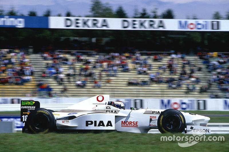 #18: Jos Verstappen, Tyrrell, 025