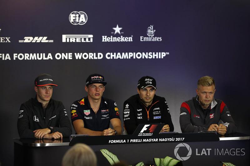 Stoffel Vandoorne, McLaren, Max Verstappen, Red Bull Racing, Sergio Pérez, Force India, Kevin Magnussen, Haas F1 en la conferencia de prensa