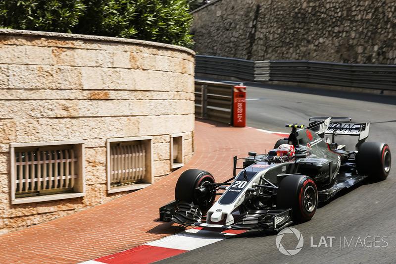 11. Kevin Magnussen, Haas F1 Team VF-17