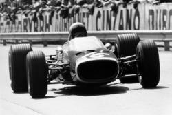 Брюс МакЛарен, McLaren M4B-BRM