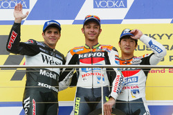 Podium: 1. Valentino Rossi; 2. Alex Barros; 3. Tohru Ukawa