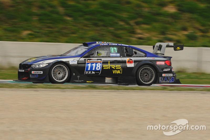 #118 JR Motorsport, BMW M4 Silhouette: Nick Geelen, Ward Sluys, Michael Verhagen