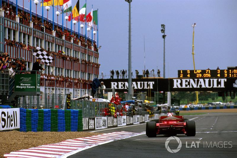 Zieldurchfahrt: Michael Schumacher, Ferrari F310B