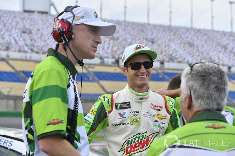 Kasey Kahne, Hendrick Motorsports Chevrolet, mit Crewchief Keith Rodden