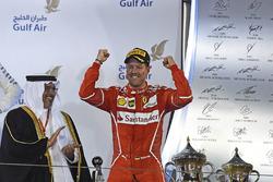 Подіум: Себастьян Феттель, Ferrari