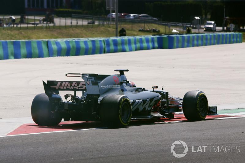 Santino Ferrucci, Haas F1 Team VF-17, pierde el control