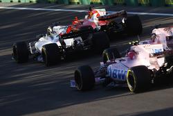 Sebastian Vettel, Ferrari SF70H, Felipe Massa, Williams FW40, Sergio Perez, Sahara Force India F1 VJM10 and Esteban Ocon, Sahara Force India F1 VJM10