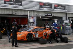#27 Orange 1 Team Lazarus, Lamborghini Huracan GT3: Fabrizio Crestani, Gustavo Yacaman, Nicolas Pohler