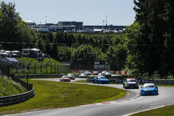 WTCC auf der Nordschleife: Nestor Girolami, Polestar Cyan Racing, Volvo S60 Polestar TC1, führt