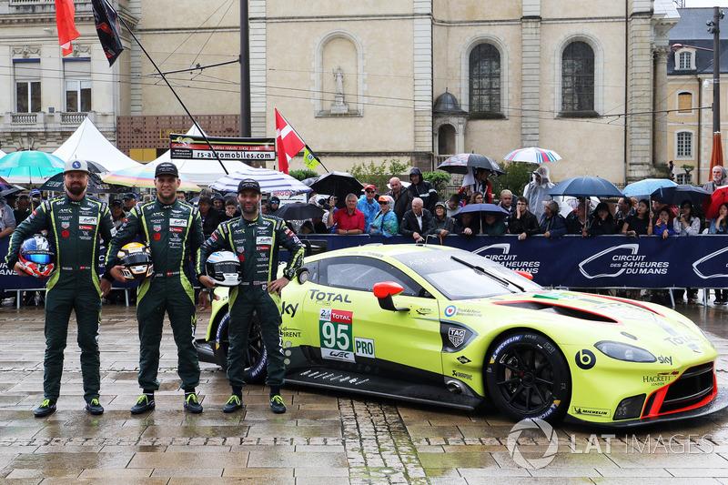 #95 Aston Martin Racing Aston Martin Vantage AMR: Марко Сьоренсен, Нікі Тім, Даррен Тьорнер