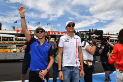 Pierre Gasly, Scuderia Toro Rosso and Esteban Ocon, Force India F1 on the drivers parade