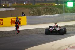 Daniel Ricciardo, Red Bull Racing RB14 Tag Heuer, après son abandon