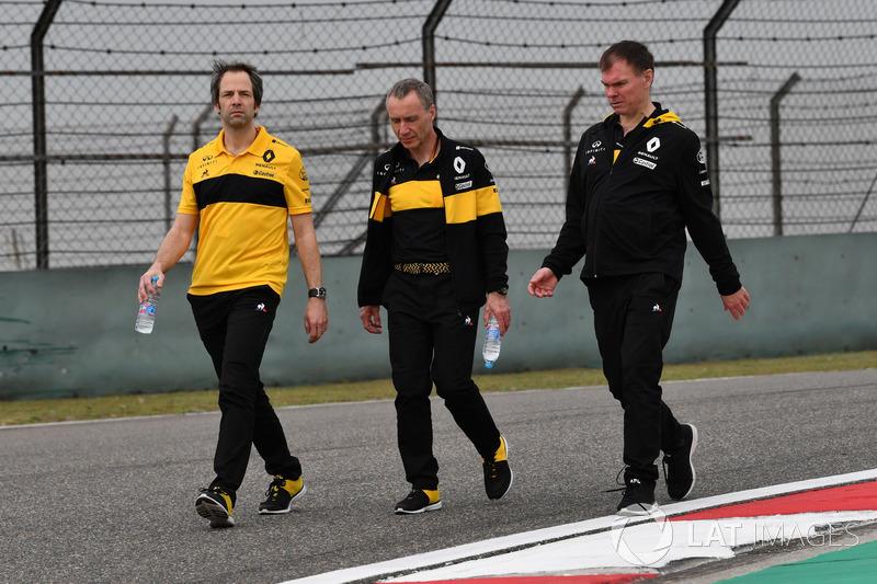 Ciaron Pilbeam, Bob Bell, Alan Permane, Renault Sport F1 Team