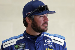 Martin Truex Jr., Furniture Row Racing, Toyota Camry Auto-Owners Insurance
