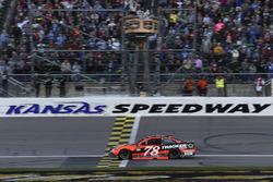Sieg für Martin Truex Jr., Furniture Row Racing Toyota