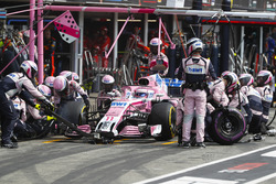 Sergio Perez, Force India VJM11, makes a stop