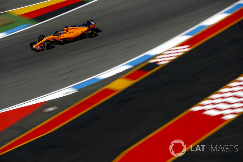 11: Фернандо Алонсо, McLaren MCL33, 1'13.657