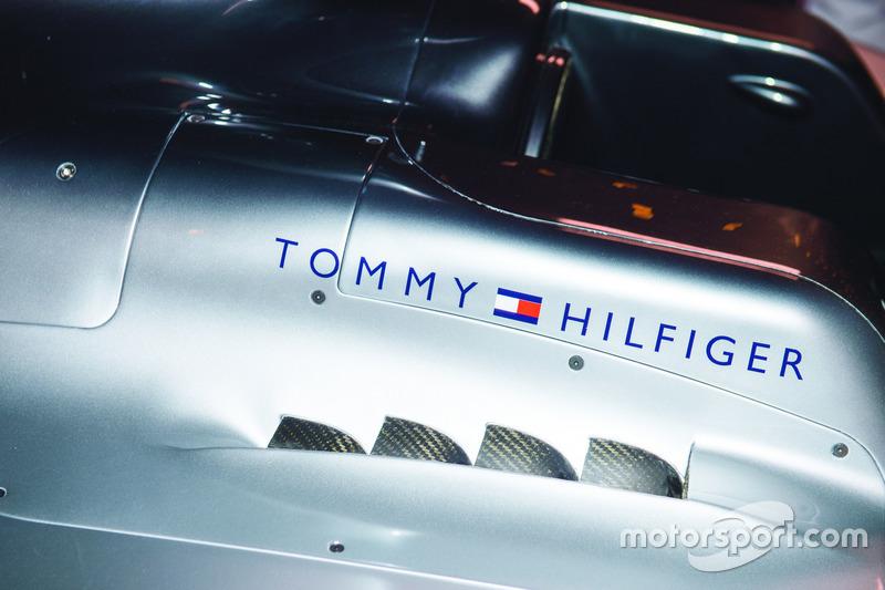 Espectáculo de la pista Tommy Hilfiger Drive
