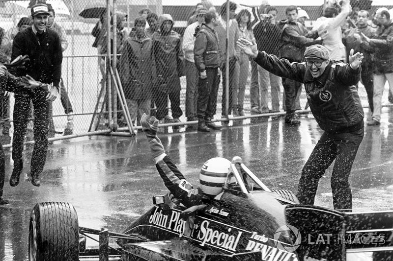 Race winner Ayrton Senna, Lotus 97T
