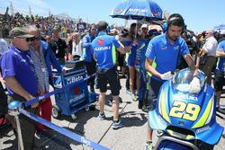 Кенні Робертс та Андреа Янноне, Team Suzuki MotoGP grid