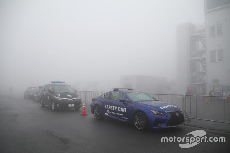 Suasana kabut di Fuji Speedway