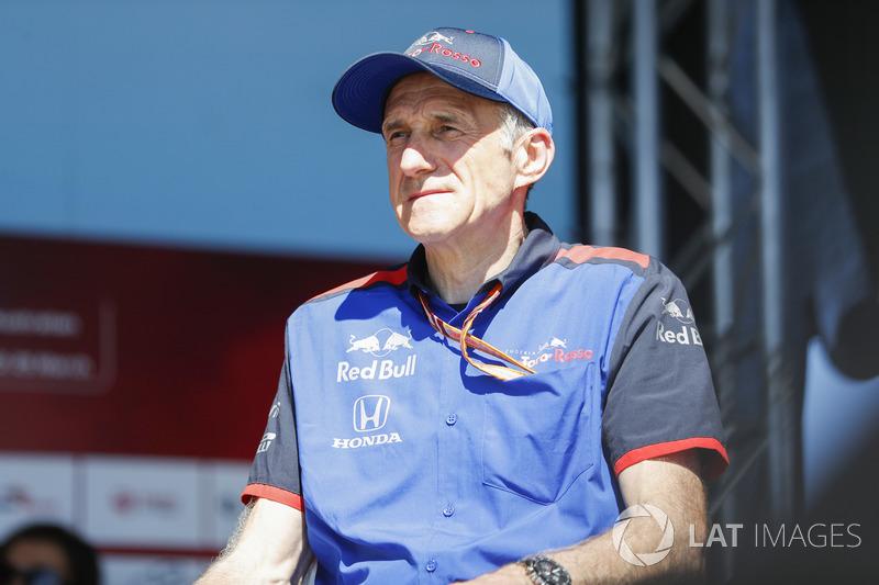 Cyril Abiteboul, Managing Director, Renault Sport F1 Team, on stage