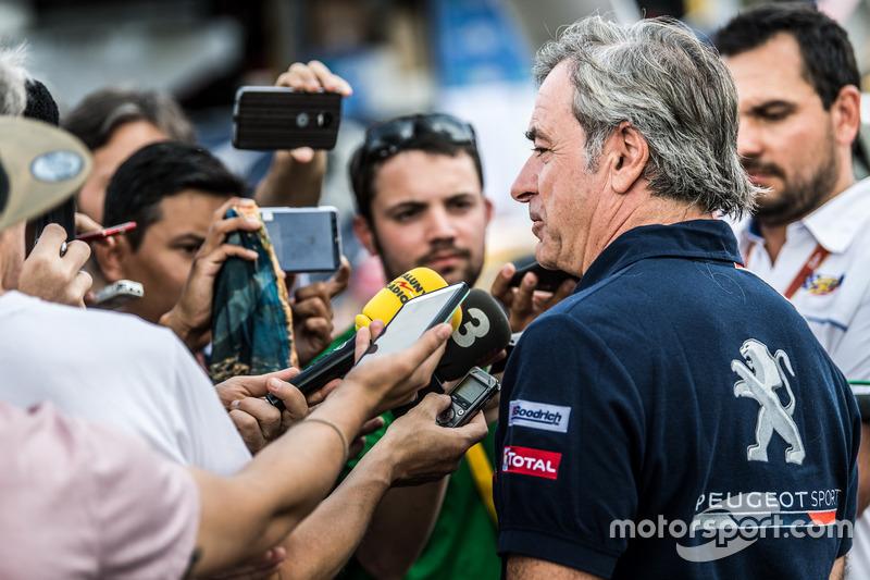Carlos Sainz, Peugeot Sport con los medios